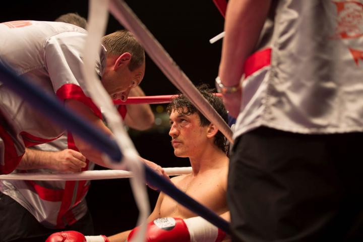 Ciarán Hinds, Ted Levine, David Gere, Miles Teller, Chad A. Verdi, Joe Jafo Carriere, J.P. Valenti, Julie Ann Dawson, Joseph Oliveira, Christopher J. Long, Wendy Farley, Arthur Hiou, Allie Marshall, and Ron G. Young in Bleed for This (2016)