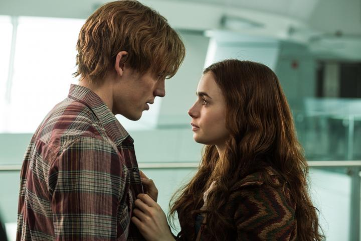 Lily Collins and Sam Claflin in Love, Rosie (2014)