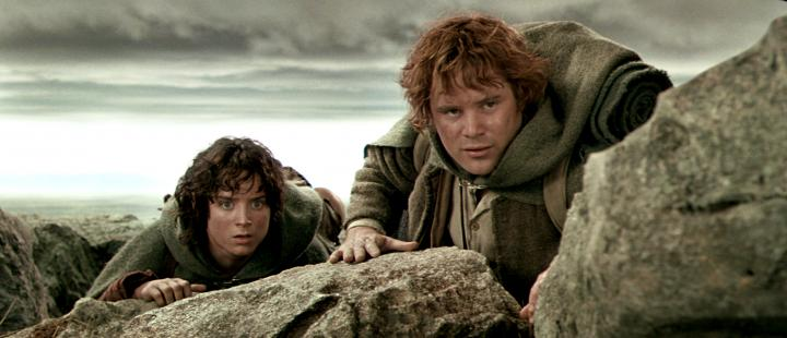Sean Astin and Elijah Wood in The Lord of the Rings: The Two Towers (2002)