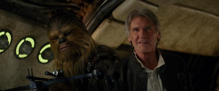 Harrison Ford and Peter Mayhew in Star Wars: The Force Awakens (2015)