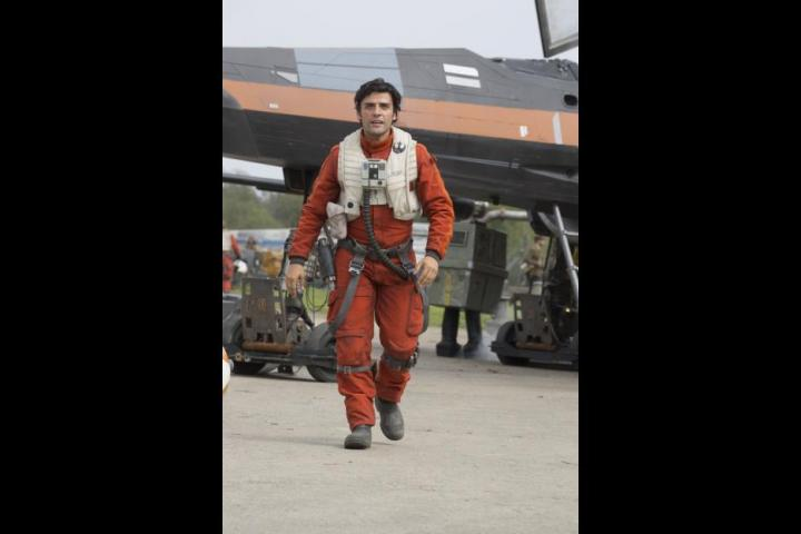 Oscar Isaac in Star Wars: The Force Awakens (2015)