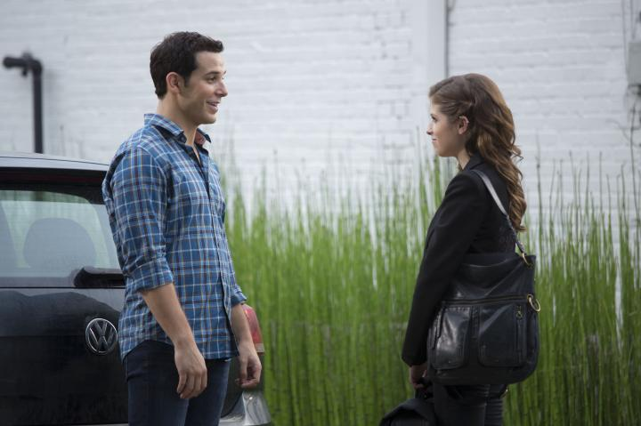 Anna Kendrick and Skylar Astin in Pitch Perfect 2 (2015)