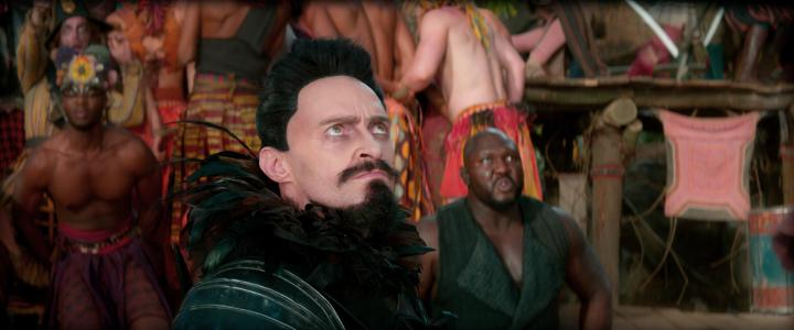 Hugh Jackman and Nonso Anozie in Pan (2015)