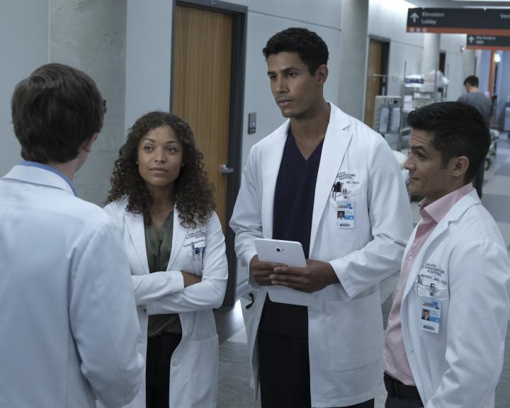 Nicholas Gonzalez, Antonia Thomas, and Chuku Modu in The Good Doctor (2017)
