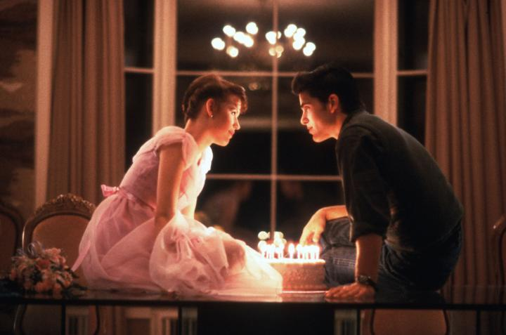 Molly Ringwald and Michael Schoeffling in Sixteen Candles (1984)