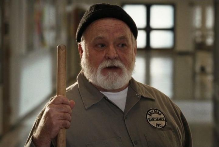 Brian Doyle-Murray in 17 Again (2009)