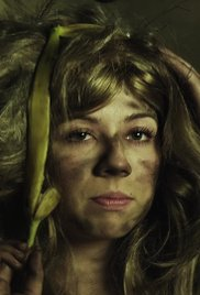 Jennette McCurdy Gets Dirty