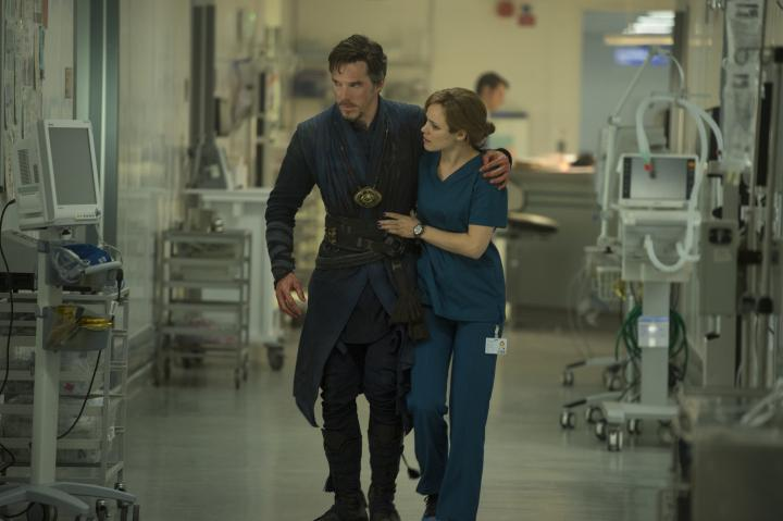 Rachel McAdams and Benedict Cumberbatch in Doctor Strange (2016)