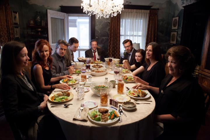Ewan McGregor, Julia Roberts, Juliette Lewis, Dermot Mulroney, Chris Cooper, Margo Martindale, Julianne Nicholson, Abigail Breslin, and Benedict Cumberbatch in August: Osage County (2013)