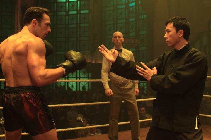 Darren Shahlavi and Donnie Yen in Ip Man 2 (2010)