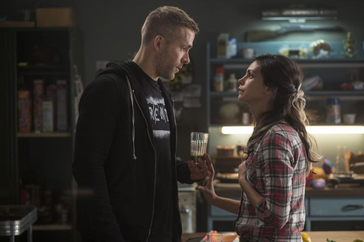 Ryan Reynolds and Morena Baccarin in Deadpool (2016)