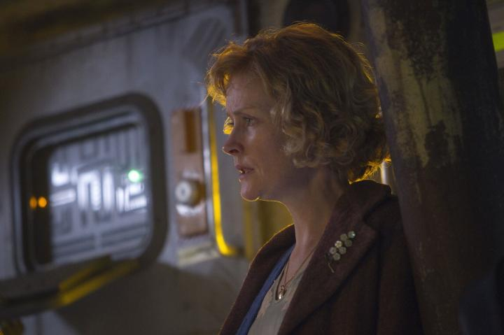 Claire Skinner in Doctor Who (2005)