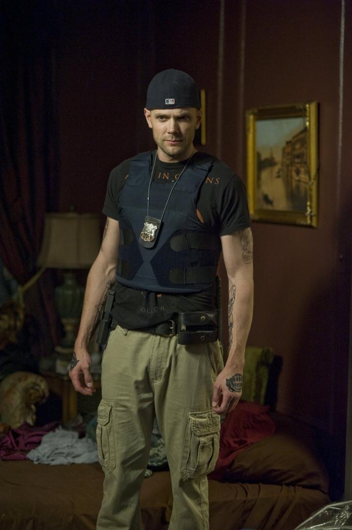 Joel McHale in Deliver Us from Evil (2014)
