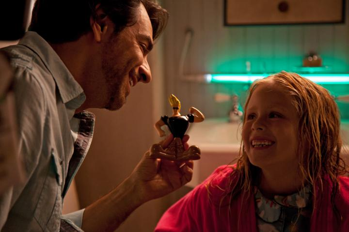 Eugenio Derbez and Loreto Peralta in Instructions Not Included (2013)