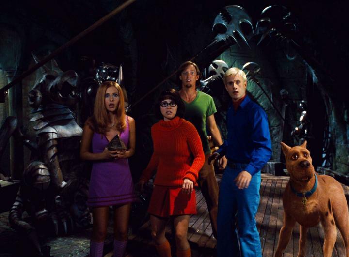 Matthew Lillard, Sarah Michelle Gellar, Linda Cardellini, and Freddie Prinze Jr. in Scooby-Doo (2002)