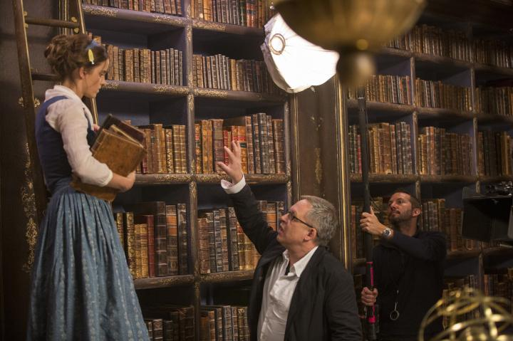 Bill Condon and Emma Watson in Beauty and the Beast (2017)