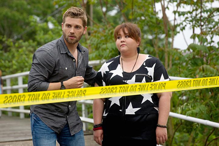Mike Vogel and Jolene Purdy in Under the Dome (2013)