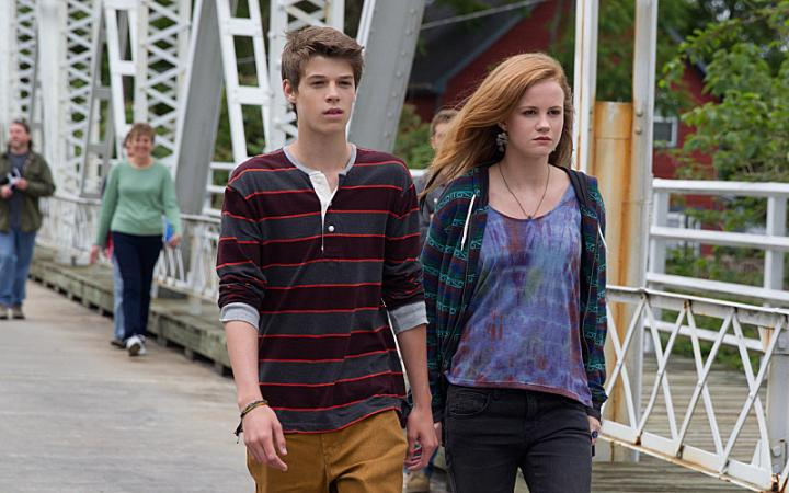 Colin Ford and Mackenzie Lintz in Under the Dome (2013)