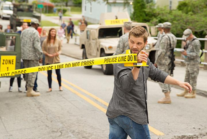 Mike Vogel in Under the Dome (2013)