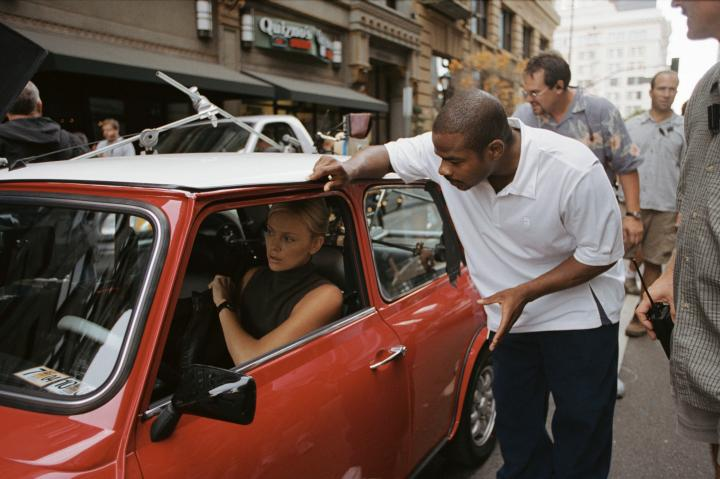 Charlize Theron and F. Gary Gray in The Italian Job (2003)