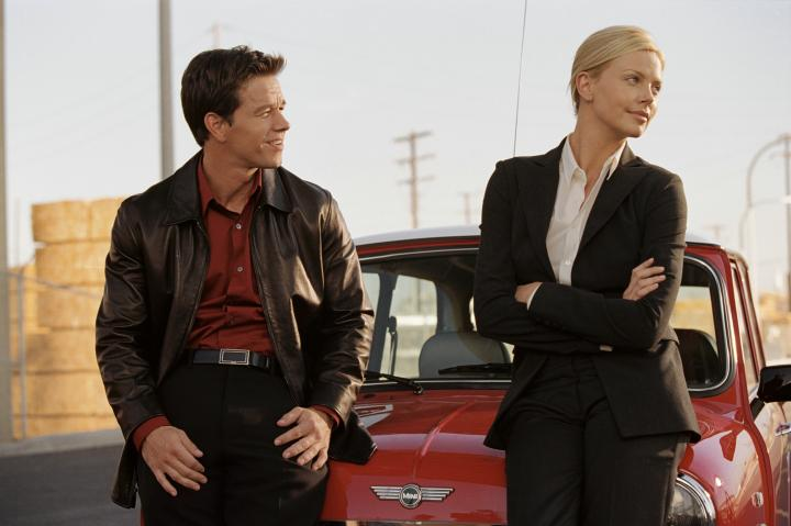 Charlize Theron and Mark Wahlberg in The Italian Job (2003)