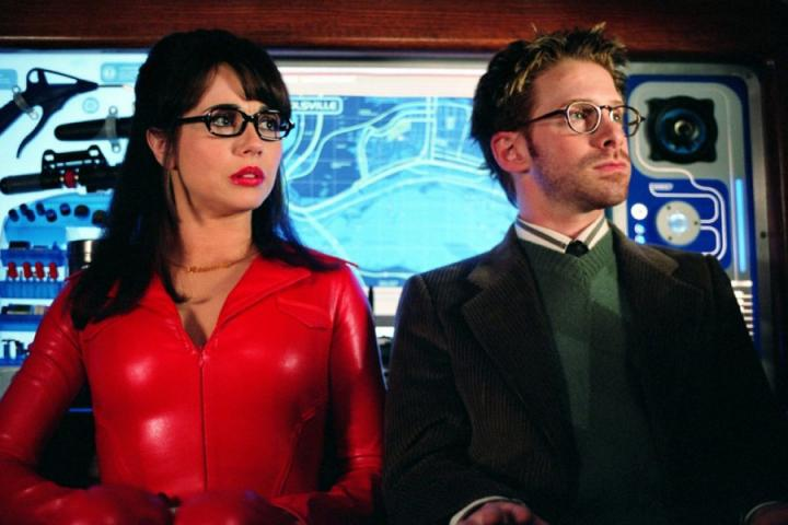 Seth Green and Linda Cardellini in Scooby-Doo 2: Monsters Unleashed (2004)