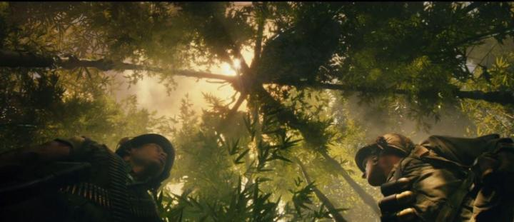 Shea Whigham and Eugene Cordero in Kong: Skull Island (2017)