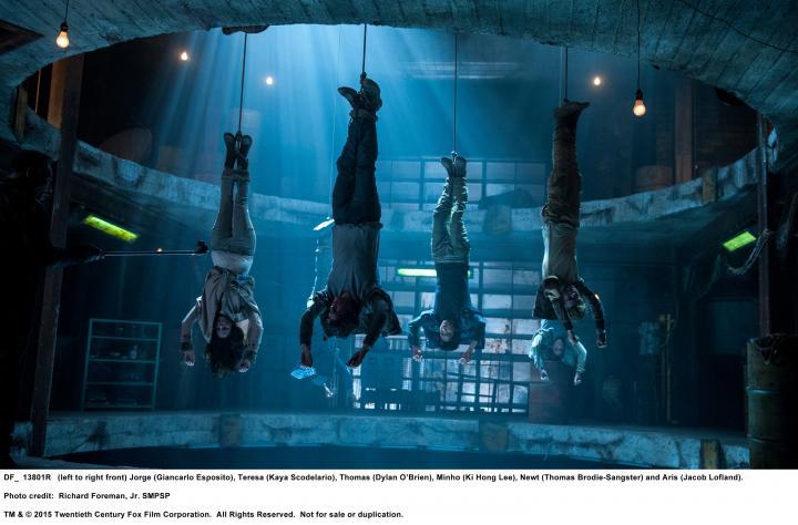 Giancarlo Esposito, Thomas Brodie-Sangster, Kaya Scodelario, Dylan O'Brien, Ki Hong Lee, and Jacob Lofland in Maze Runner: The Scorch Trials (2015)