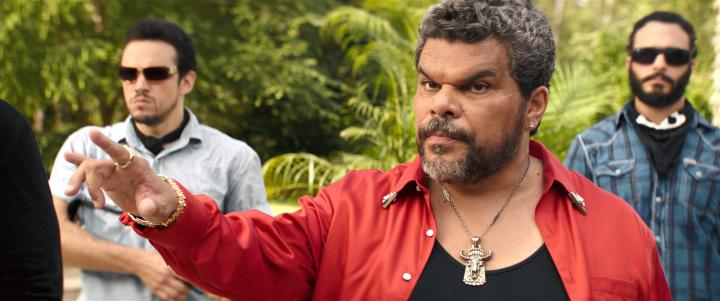 Luis Guzmán and Rocky Abou-Sakher in Keanu (2016)