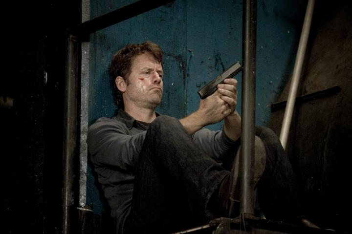 Greg Kinnear in Unknown (2006)