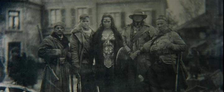 Ewen Bremner, Saïd Taghmaoui, Chris Pine, Gal Gadot, and Eugene Brave Rock in Wonder Woman (2017)