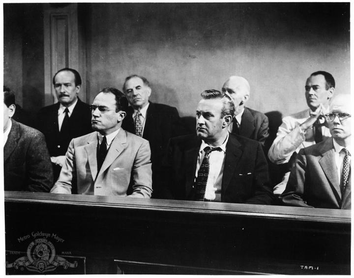 Henry Fonda, Lee J. Cobb, Ed Begley, John Fiedler, E.G. Marshall, and George Voskovec in 12 Angry Men (1957)