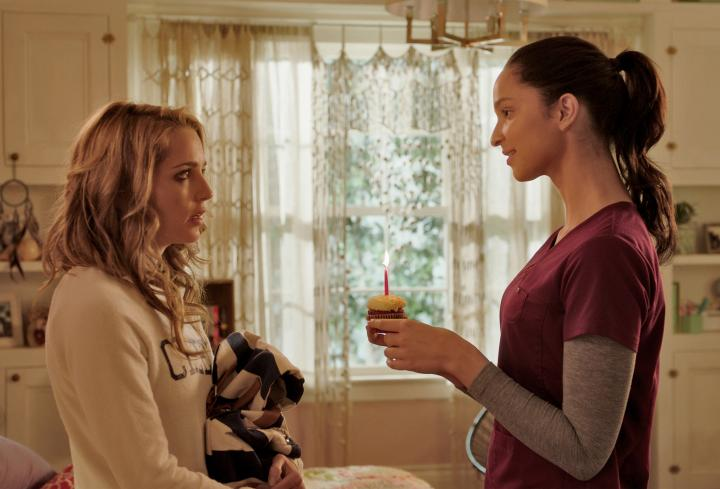 Jessica Rothe and Ruby Modine in Happy Death Day (2017)